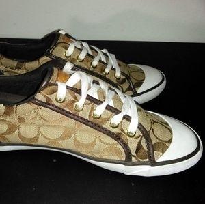 Coach Barrett ll Women's Sneakers. Size: 9.5